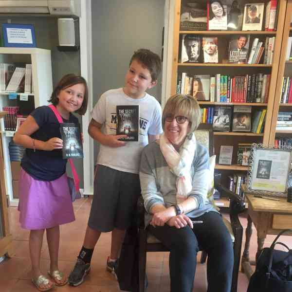 Another Successful Book Signing for G. B. Gurland