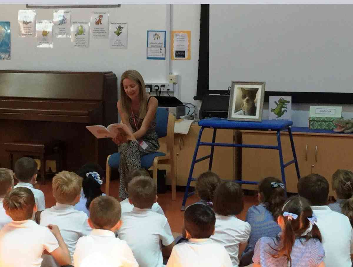 Author 'Sue Lawrence' visits Four Lanes Infant School for